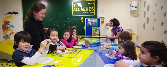 Asturias con niños: Semana de la ciencia en el MUJA